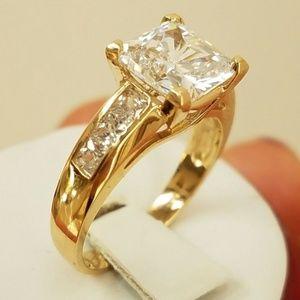 Jewelry - 3ct Princess cut 14k Yellow Gold Engagement Ring